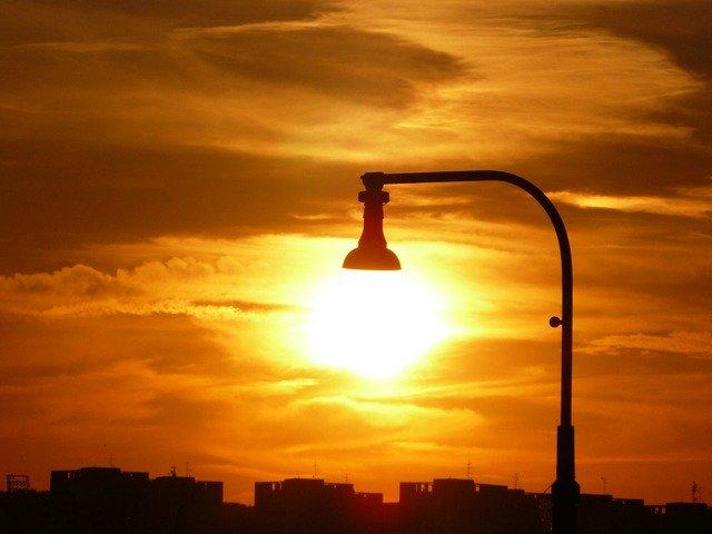 lampada sole - cronobiologia e progettazione architettonica